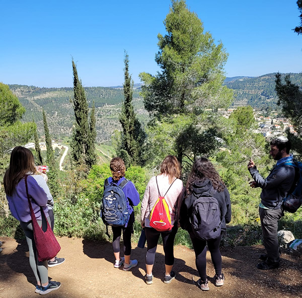 hike around the Judean Mountains