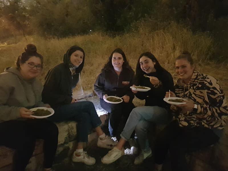 Israeli poyke dinner