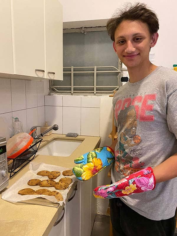 Baking cookies in quarantine